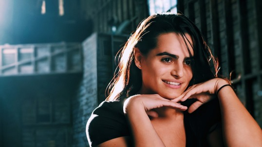 Emilia Quinton - Nava Mau - smile